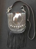 winchester-cross-body-fringe-bag-black